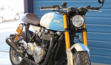 Triumph Thruxton R 1200